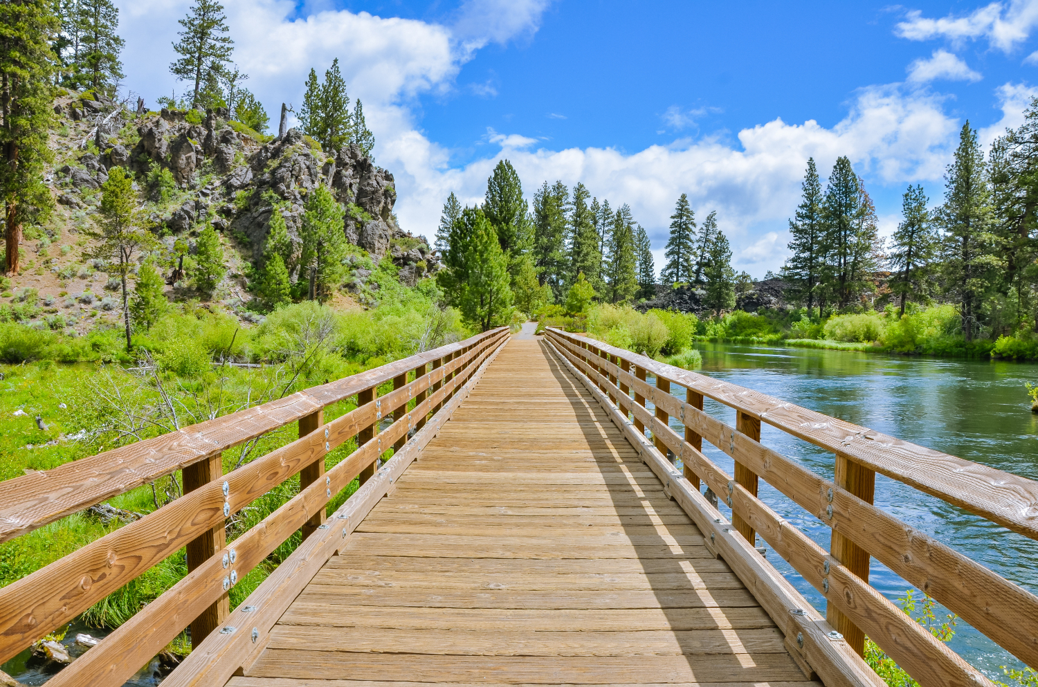 The differences and similarities between living in Eugene vs. Bend Oregon